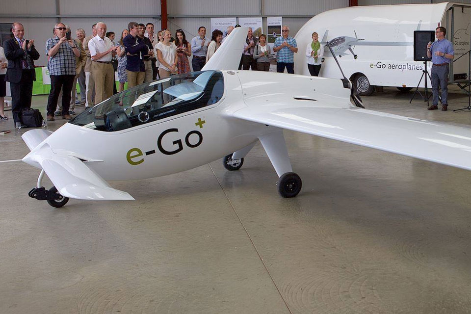 e-Go Aeroplanes Deliver First Rotron-Powered Aircraft To Customer